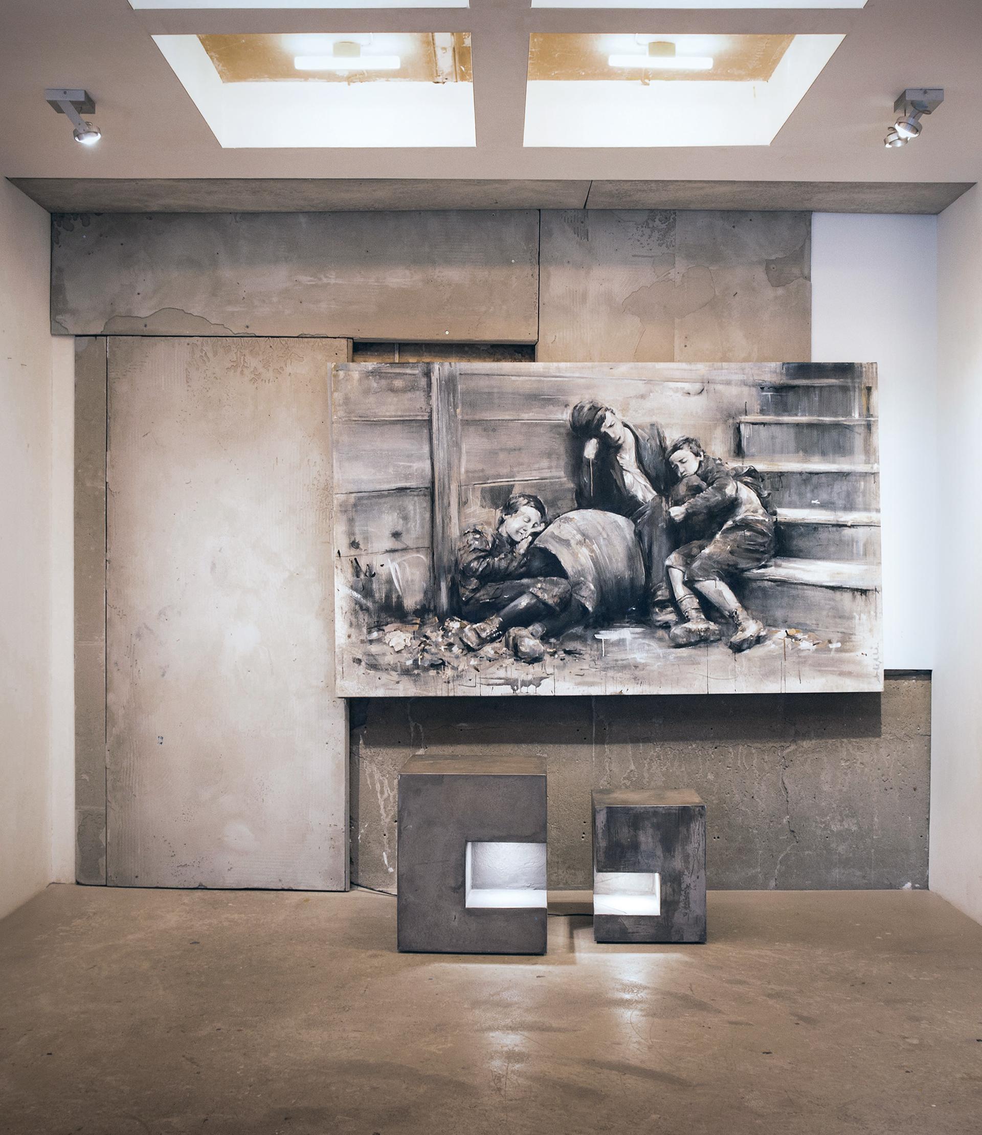 3_gemaelde_paintings_grey_wall