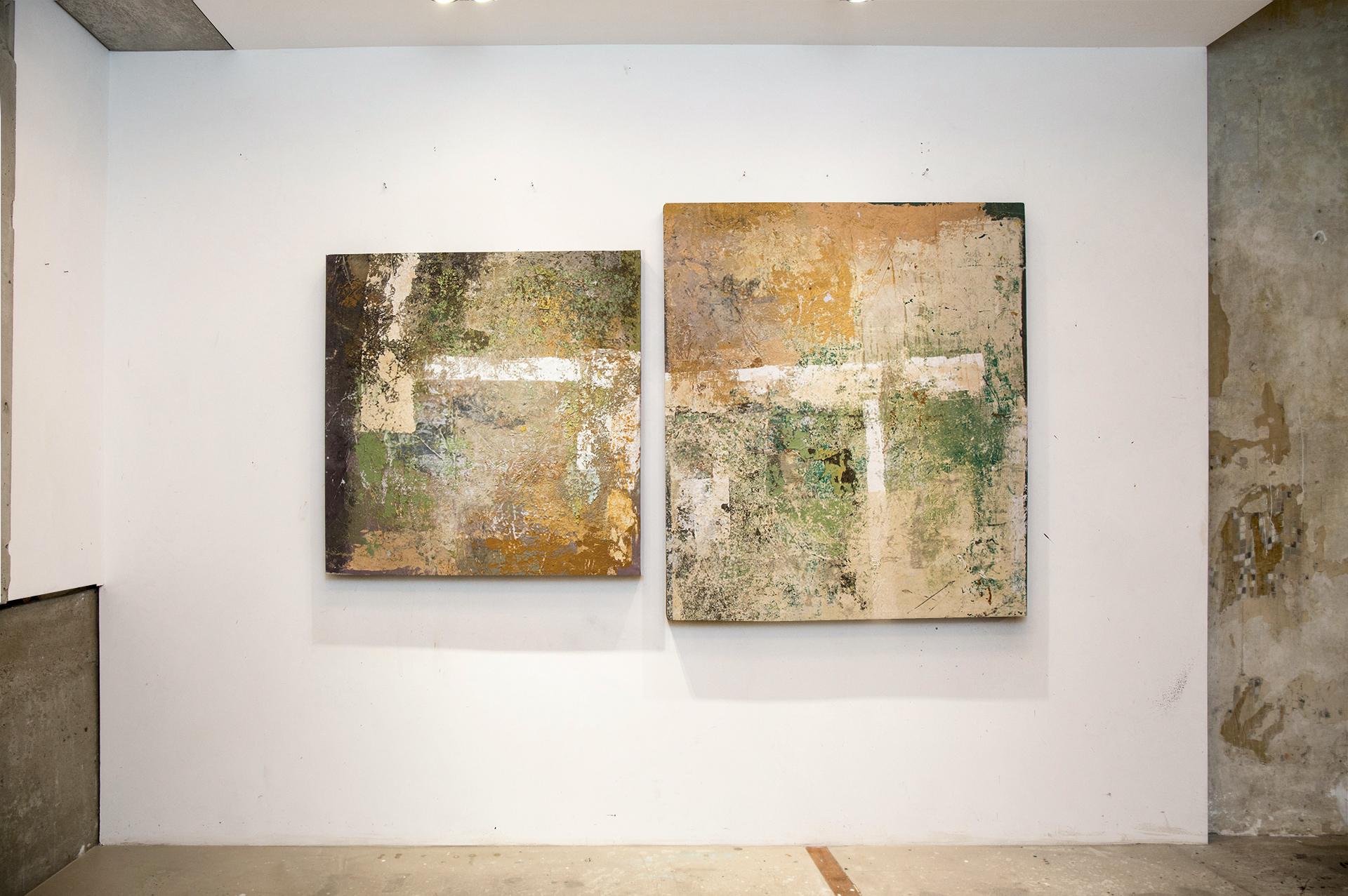 7_gemaelde_paintings_white_wall
